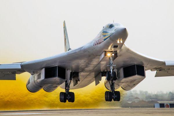 До 2020 года на вооружение ВВС России будут поставлены 10 самолетов модификации Ту-160М.