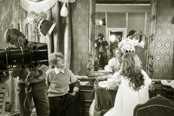 Режиссёрским дебютом Светланы Дружининой в кино стала картина «Исполнение желаний» (1974) по роману Вениамина Каверина.