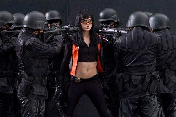 В марте 2006 года выходит триллер «Ультрафиолет». Мила вновь предстает в роли женщины-воина.