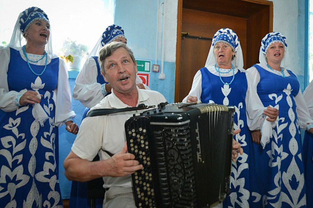 В Яковлевском районе помогают культуре.