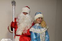Алена и Владимир Хлябины уже шесть лет приводят Новый год в дом.