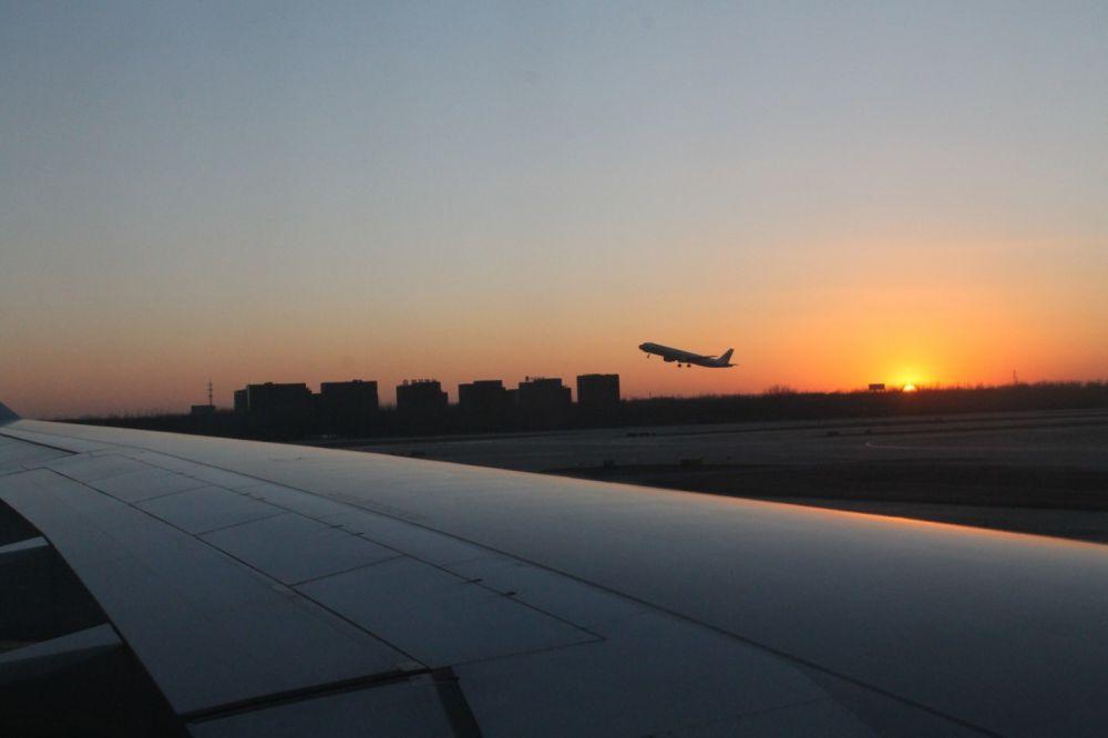 Ночной перелёт до Пекина. Короткая передышка – и снова в путь.