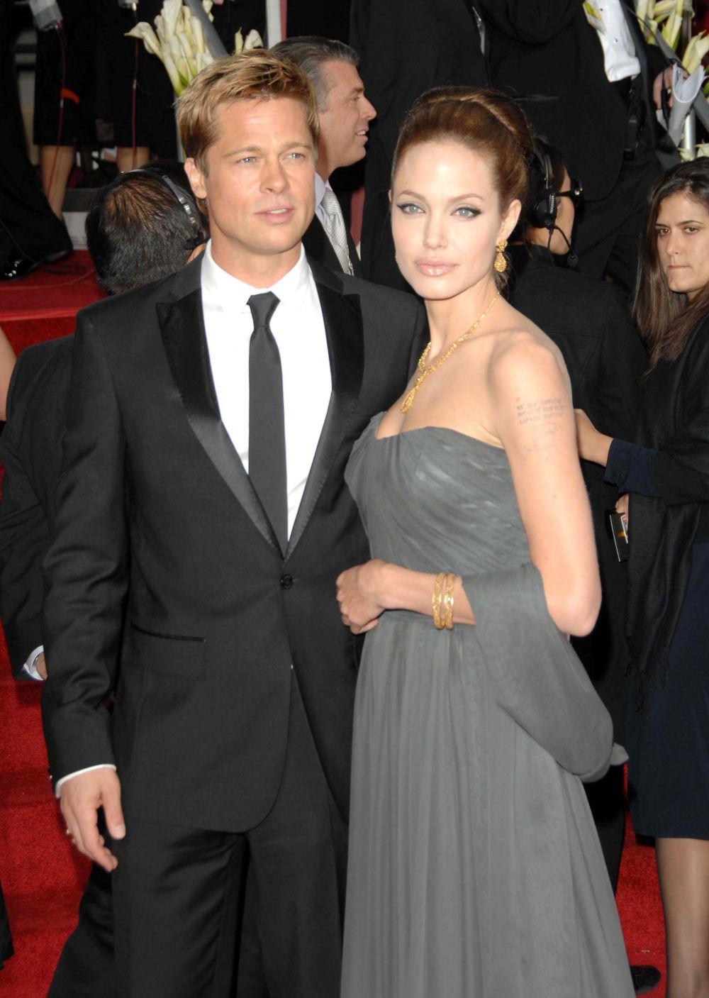 2007 год. Брэд Питт и Анджелина Джоли на 64-й церемонии вручения «Золотой глобус»