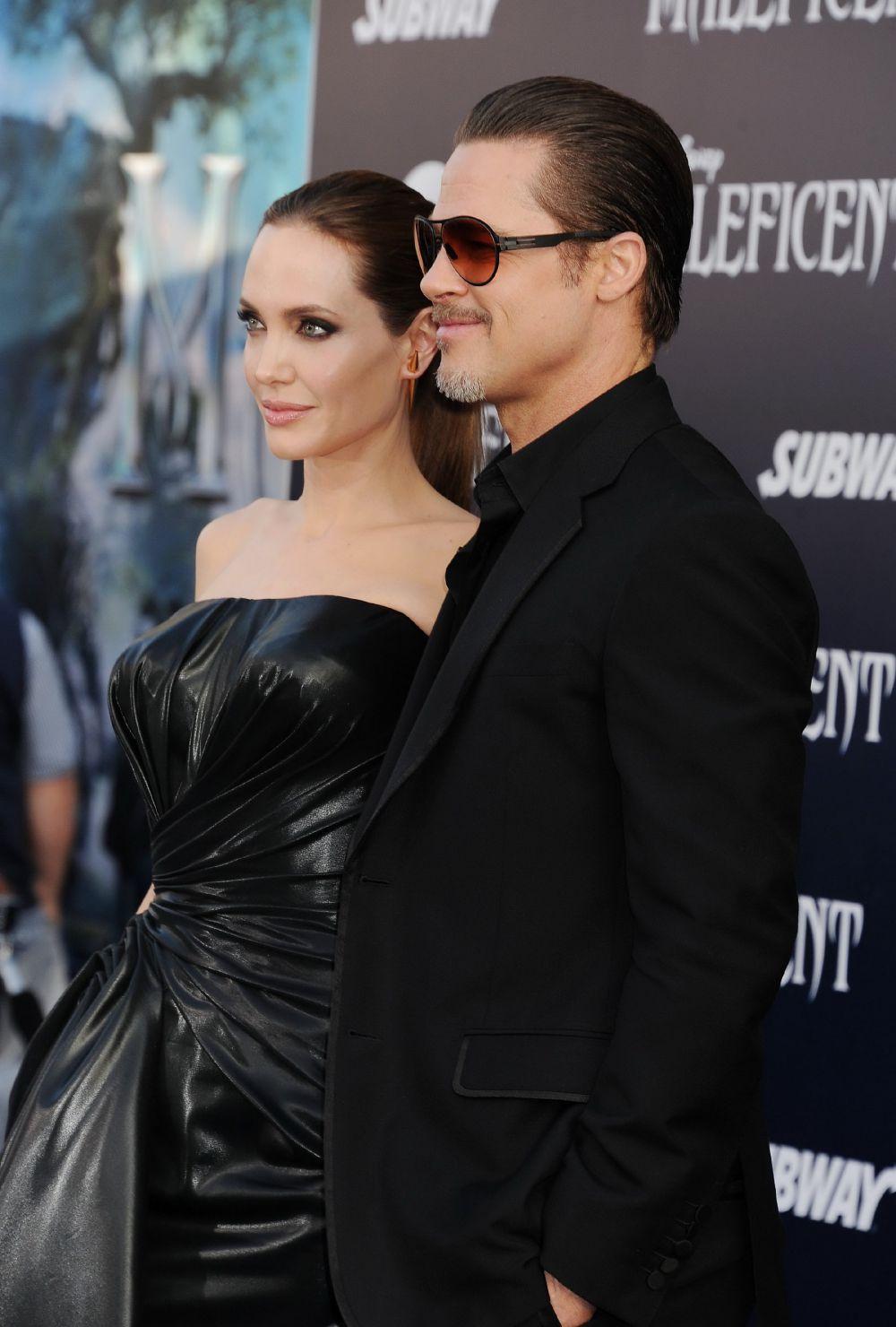 2014 год. Брэд Питт сопровождает Анджелину Джоли на премьере фильма «Малефисента»