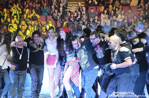Саратов был последним из 16 городов в туре певицы по России.
