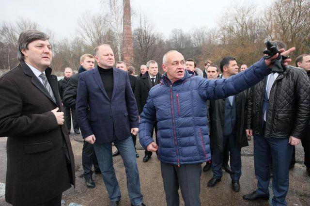Виктор Олерский и Николай Цуканов провели рабочее совещание в Пионерском.