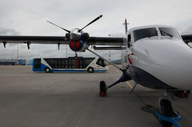 Самолёт DHC-6 TwinOtter 400 предназначен для внутрикаревых авиаперевозок.