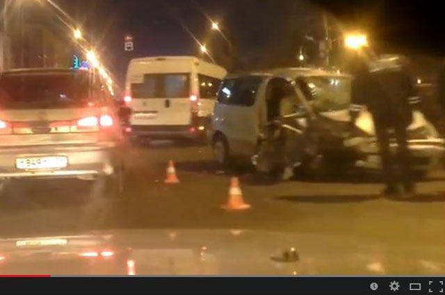 ДТП с 3 иномарками в центре Иркутска.