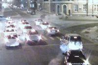 Момент столкновения трех автомобилей в центре Иркутска.