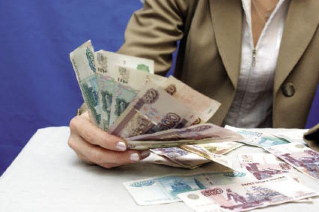 Средняя сумма займа компании - чуть больше 5000 руб.