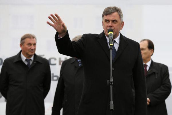 Главными кандидатами на вылет традиционно стали глава Ярославской области Сергей Ястребов.