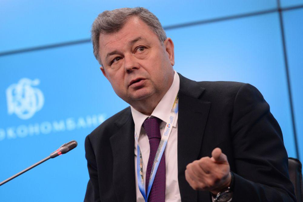 Вслед за лидером расположился глава Калужской области Анатолий Артамонов.
