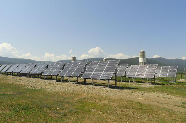 Даже на крайнем севере генерировать энергию может солнце.