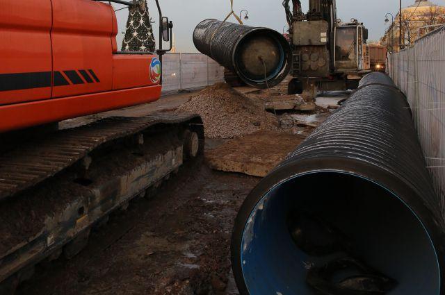 Строительство коллектора на Адмиралтейской набережной позволит закрыть прямые выпуски у Медного всадника