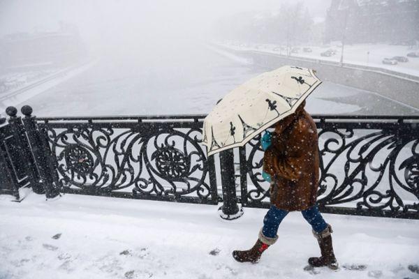 Патриарший мост в Москве.