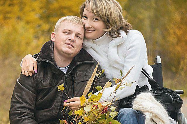 9 лет она отказывалась выходить замуж. И только после того, как чуть не потеряла мужчину своей жизни, готовится к свадьбе.