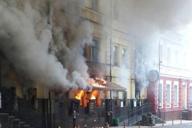 В Киеве произошел пожар в известном ресторане
