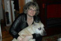 Хозяйка собаки Оксана Олефир: «Марго пять лет. Специально не ловлю преступников и охране ее не обучали. Она у нас очень добрая и всех любит!»