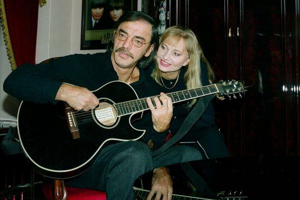 Актеры Михаил Боярский и Лариса Луппиан. 2001 год.