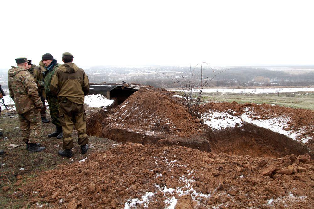 Линия фронта близ Дебальцево.