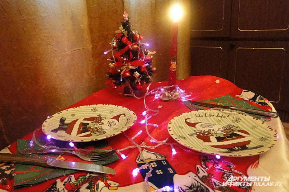 …и добавить украшений и свечей.