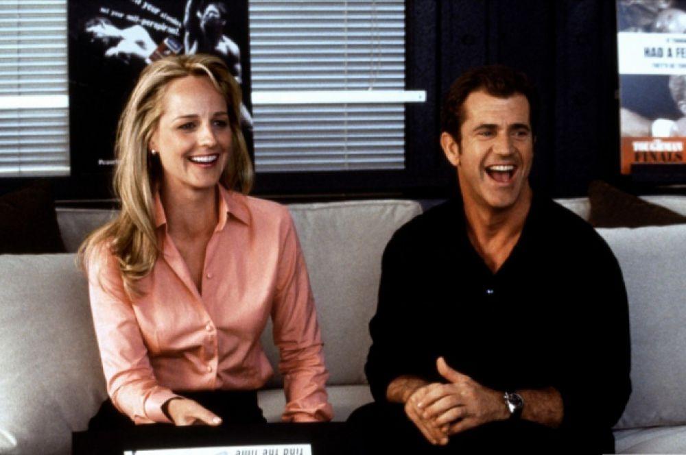 Роль Ника Маршалла, обворожительного ловеласа и везунчика, который вследствие несчастного случая стал слышать голоса женщин, стала едва ли не самой известной ролью Гибсона с начала 2000-х годов.