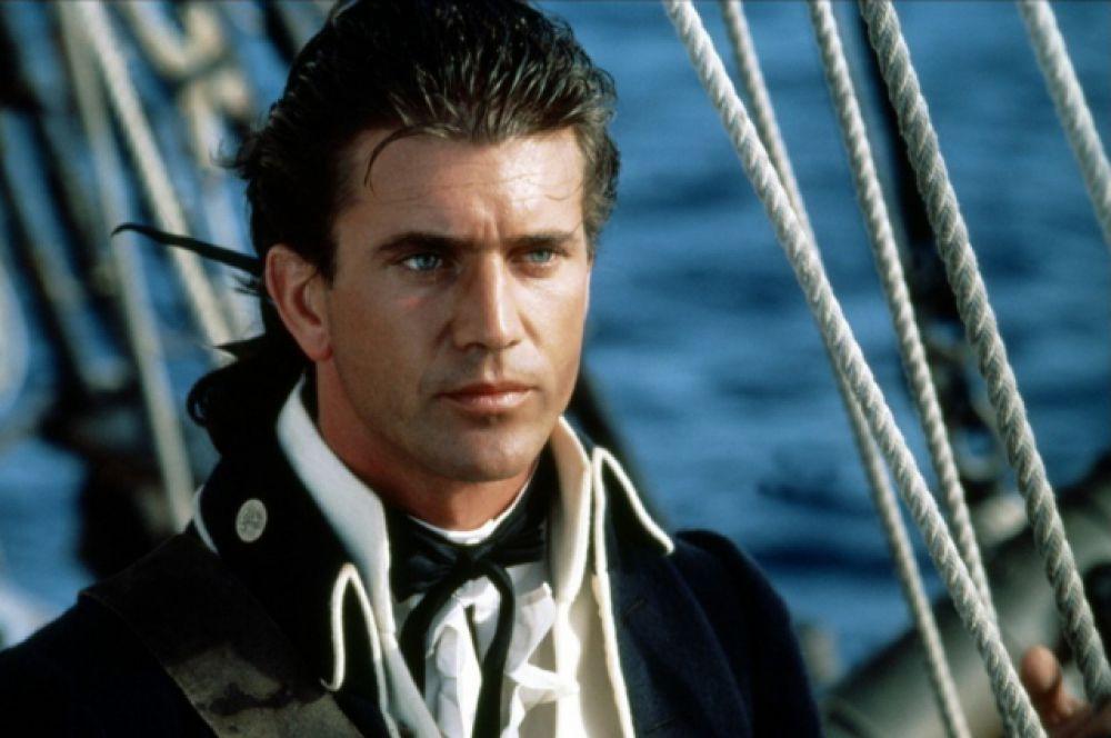 Очень скоро Гибсон был приглашен в Голливуд, где дебютировал в фильме «Баунти» (1984). За актером стал закрепляться положительный образ положительного сильного и смелого борца за справедливость.