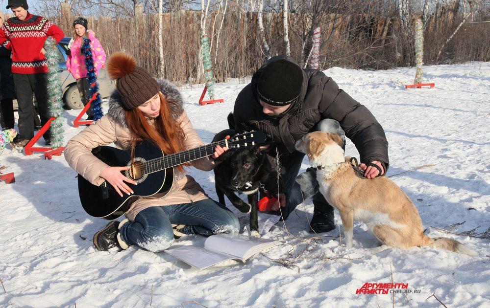 Анна Туманова и метисы Джой и Доротея