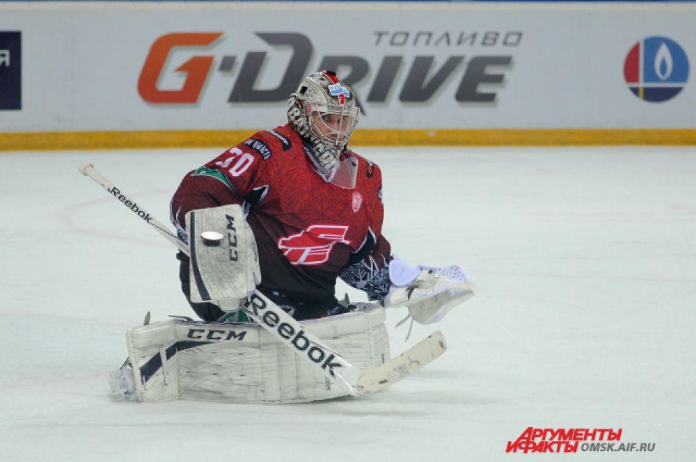 «Авангард» обыграл «Барыс» в предновогоднем матче.
