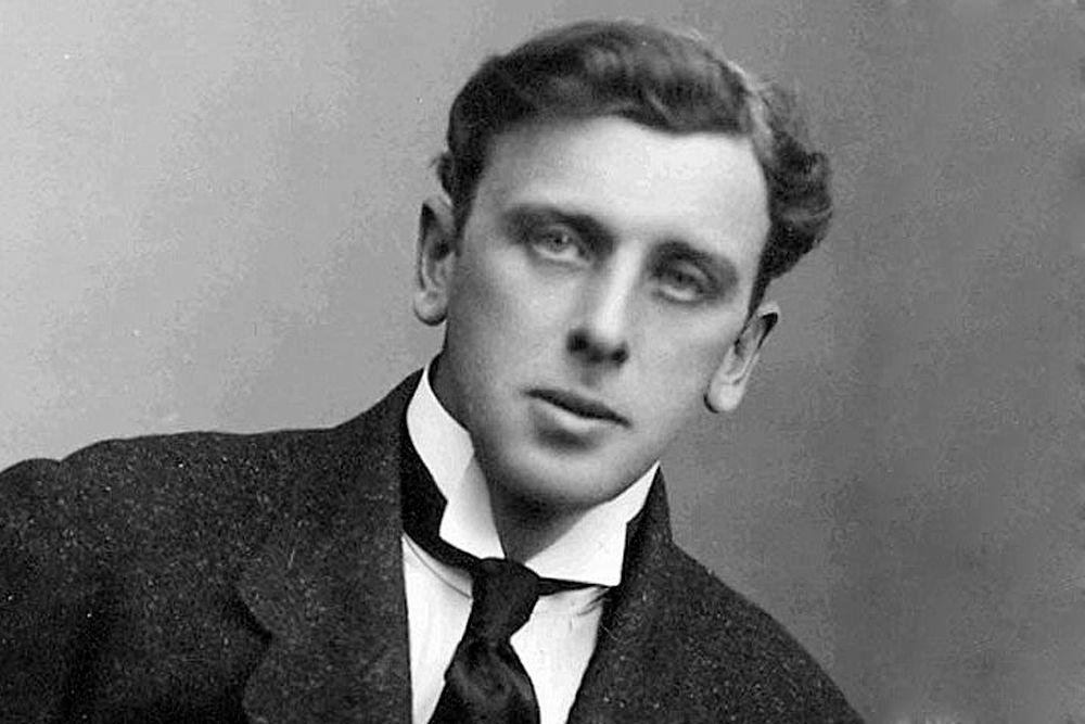 В 1915 году появился фильм «Наташа Ростова», снятый по мотивам «Войны и мира» и поставленный Петром Чардыниным. Андрея в ней сыграл Витольд Полонский.