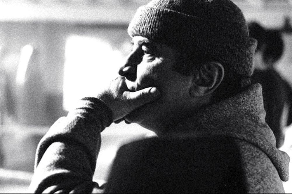 29 апреля в Великобритании на 72-м году жизни скончался актёр Боб Хоскинс, который широкому зрителю известен по фильмам «Кто подставил кролика Роджера». За свою карьеру Хоскинс стал обладателем «Золотого глобуса», приза Каннского кинофестиваля и премии BAFTA.