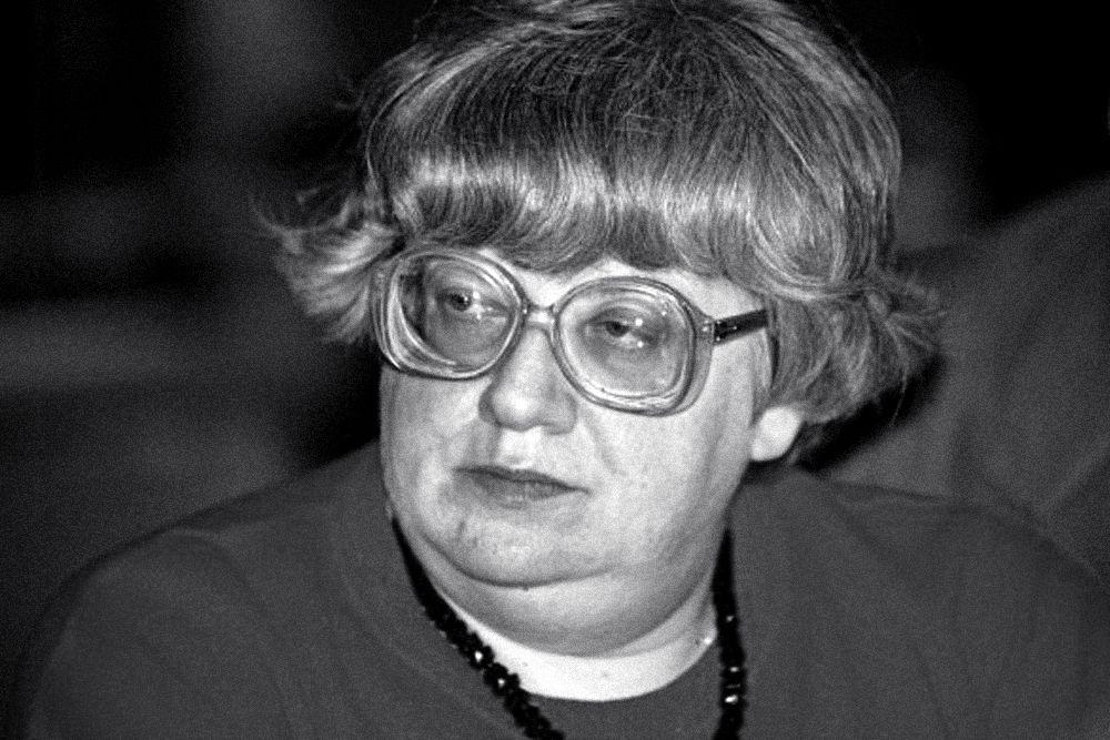 12 июля 2014 года умерла Валерия Новодворская. Ей было лишь 64 года. История запомнит Валерию Ильиничну как политического деятеля, диссидентку, правозащитницу, независимую журналистку, основательницу либеральных партий «Демократический союз» (председатель ЦКС ДС) и «Западный Выбор».