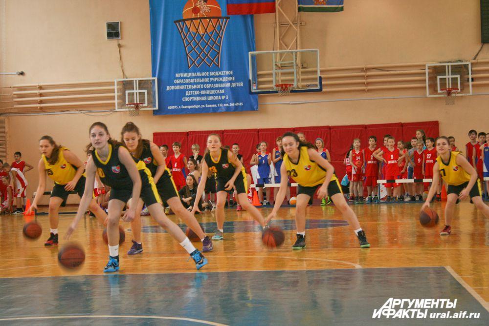 Баскетбол + музыка = оригинальный танец.