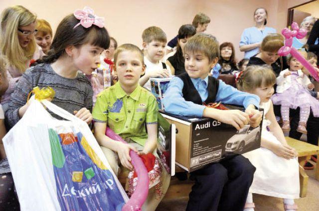 Каждый ребенок получил то, о чем просил в письме Деду Морозу.