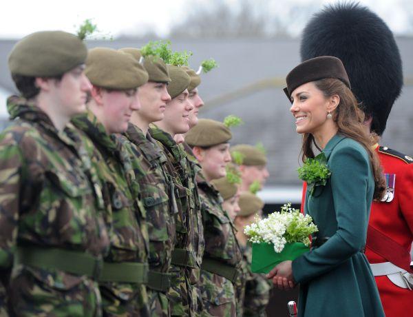 С 2006 года имя Кейт все чаще и чаще появляется в СМИ. Она получает неофициальный статус подруги принца Уильяма. А 15 декабря 2006 года Кэтрин и ее родители были приглашены  на выпускную церемонию Королевской военной академии  Сандхерсте, которую окончил принц Уильям. Королева Елизавета II и члены королевской семьи также присутствовала на церемонии.