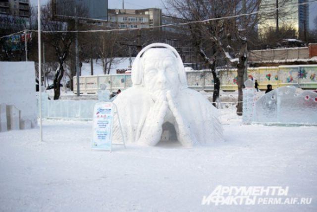 В Новосибирске открылся фестиваль снежных скульптур