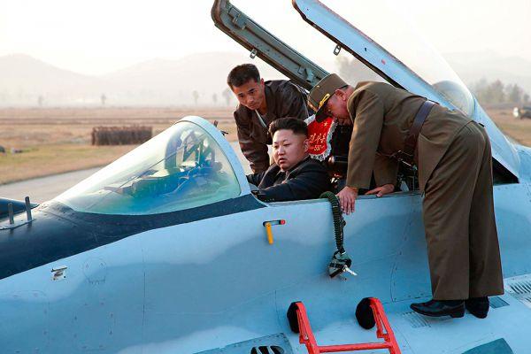В наказание за «измену» Ким Чхоль был казнён. При этом лично товарищ Ким Чен Ын приказал расстрелять опального сановника из миномёта, дабы от презренного изменника не осталось ничего. По данным тех же южнокорейским источников, вместе с Ким Чхолем казнили и его приближённых, правда, менее экзотическим способом.
