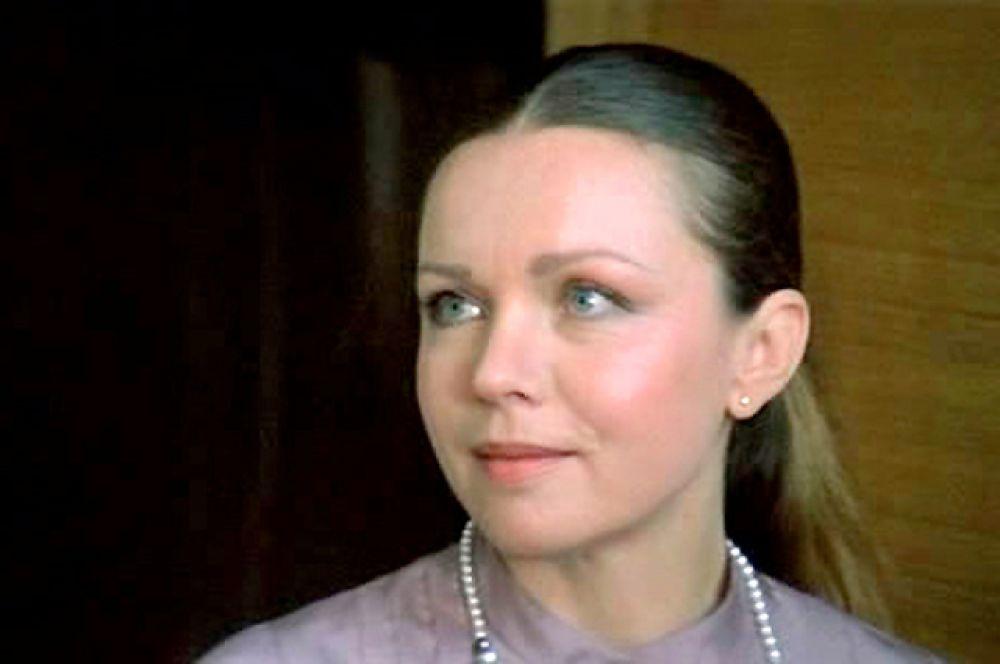 Теличкина побывала «девушкой-мечтой» героя Владимира Меньшова в фильме «Где находится нофелет?»