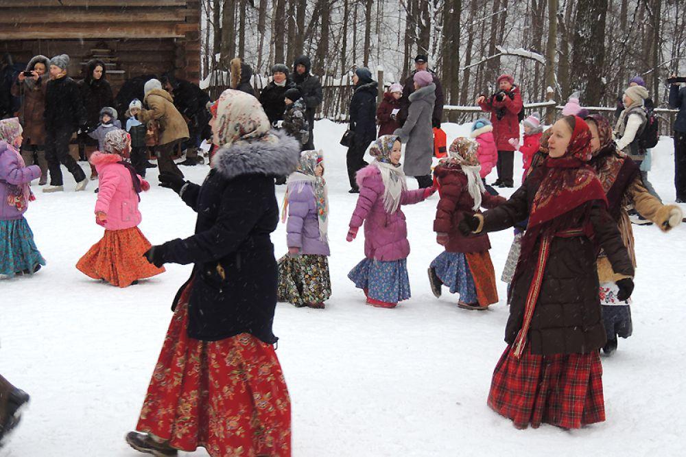 Народные танцы по душе и взрослым, и детям.