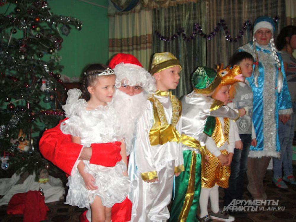И сфотографироваться с Дедом Морозом!