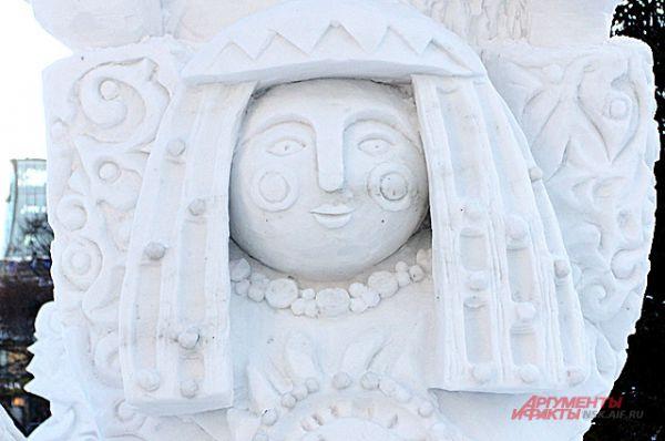 Скульптуры из снега недолговечны, полюбоваться ими можно будет до конца января.