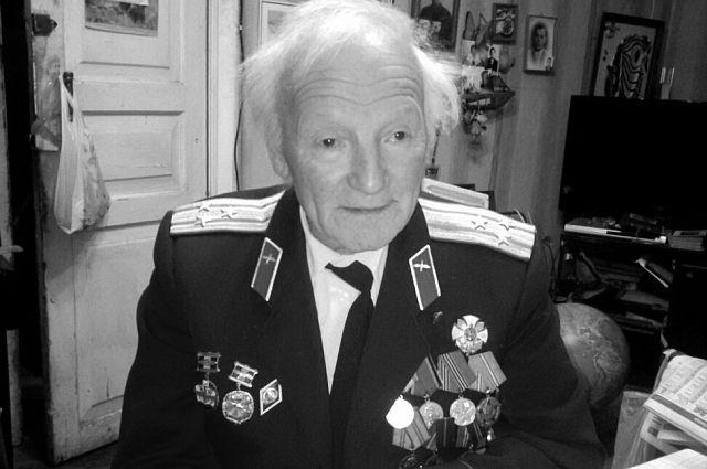 60 лет Яков Дегтярёв не изменяет журналистике.