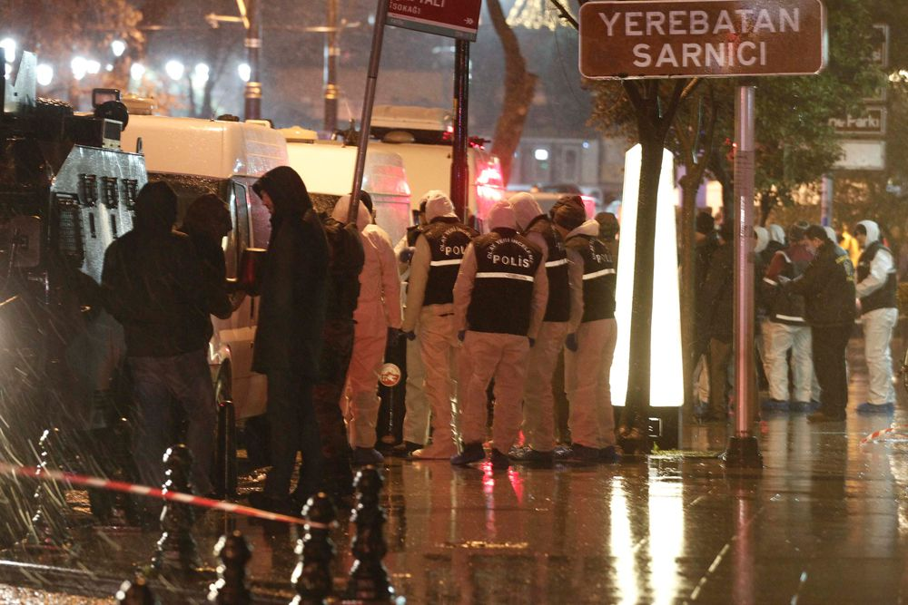 6 января смертница взорвала себя на входе в полицейский участок в центре Стамбула. В министерстве иностранных дел Турции сообщают, что она являлась гражданкой России Дианой Рамазовой.
