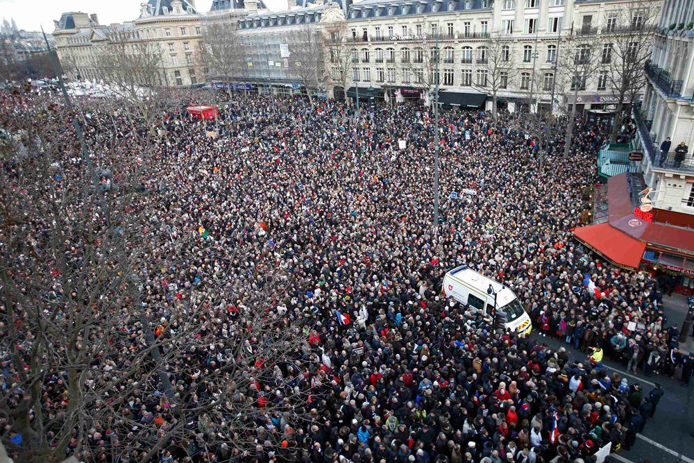 По всей Франции прошли марши мира в знак солидарности в борьбе с терроризмом.