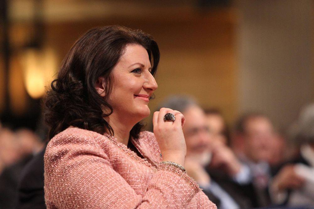 Атифете Яхьяга была избрана президентом Республики Косово — первым после провозглашения независимости страны 7 апреля 2011 года. Яхьяга является самой молодой женщиной из действующих руководителей государства в мире и самым молодым из действующих руководителей государств в должности президента.
