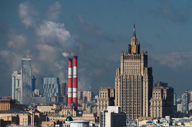 Москва не намерена обсуждать условия снятия санкций — Лавров