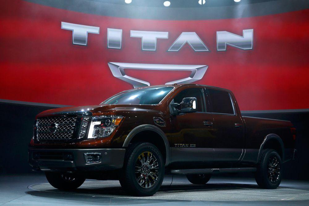 Nissan Titan полностью разработан и сконструирован в США. Здесь же его будут и производить. Причем, новая полноразмерная модель, наряду с бензиновыми моторами, получит турбодизель V8 Cummins. Популярность машин на солярке в США растет очень быстро - дизельными моторами оснащаются не только пикапы, но и легковые модели.
