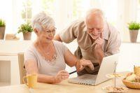Компьютерные курсы с удовольствием посещают пожилые омичи.