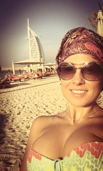 Даша Астафьева с подружками из Nikita в Дубай