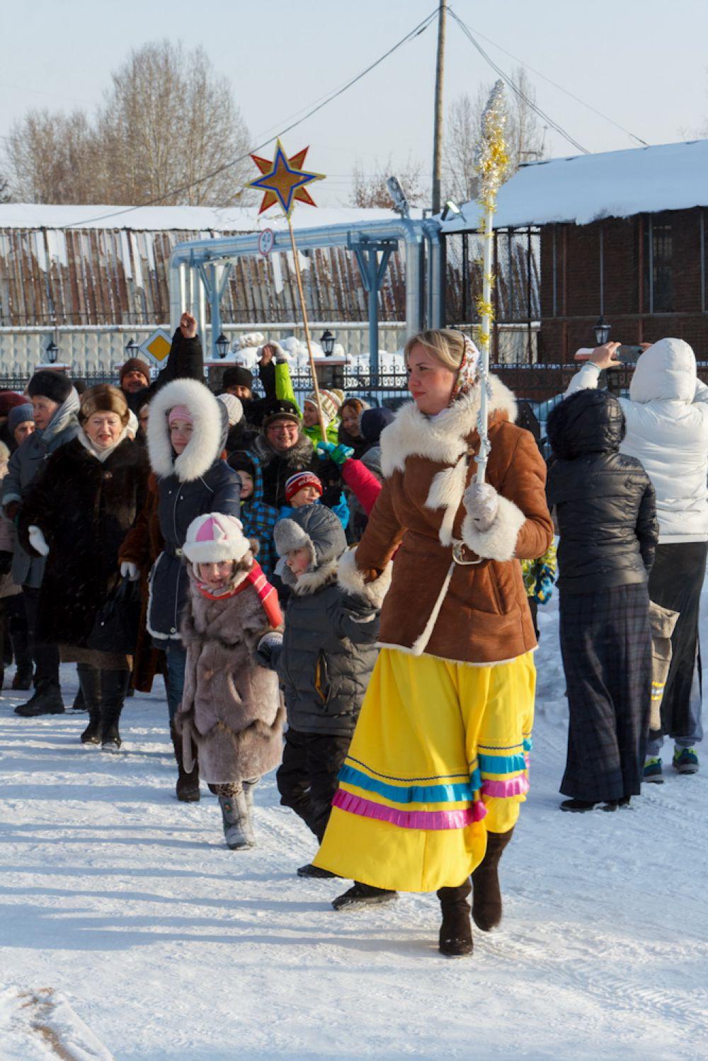 На подворье храма в честь русских князей Бориса и Глеба устраивать праздник помогали студенты.